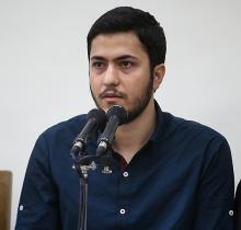 نظام فعلی دانشگاهی ما احمدیروشن تربیت نمیکند/ هنوز هم شاهد حمایت دولتیها از جوانان انقلابی نیستی